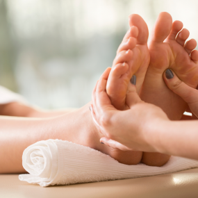 the-surprising-benefits-of-a-good-foot-massage